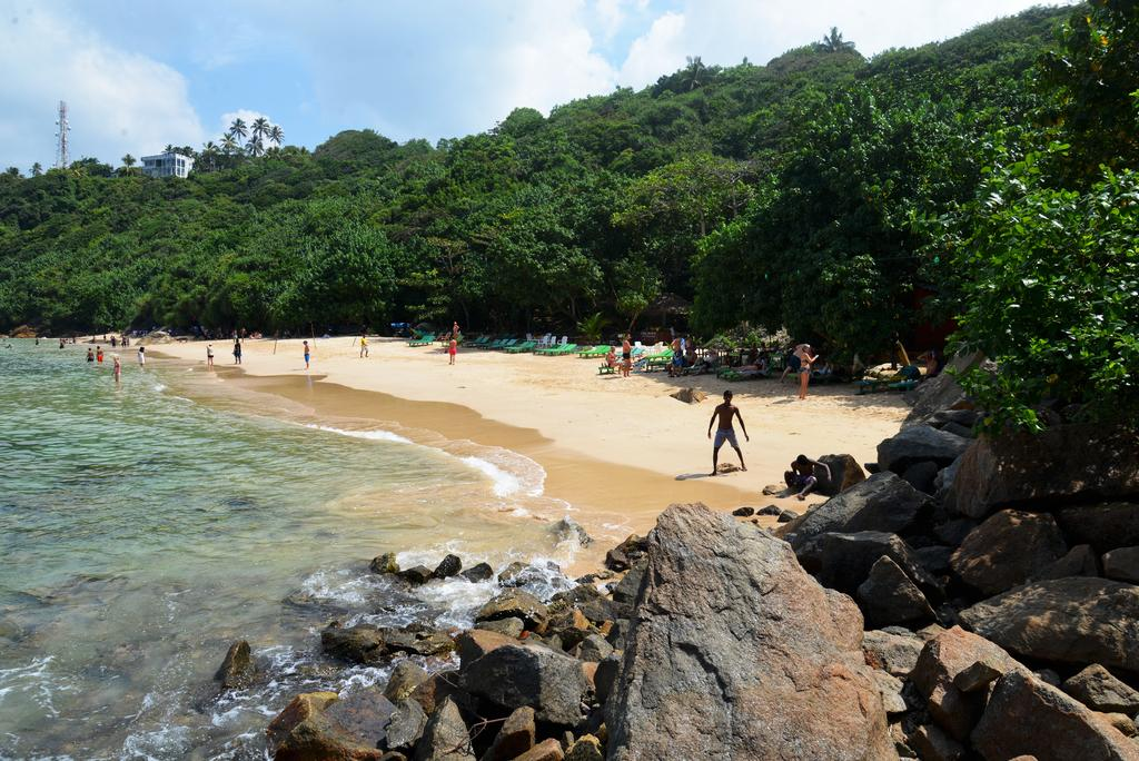 Jungle Beach (Unawatuna)